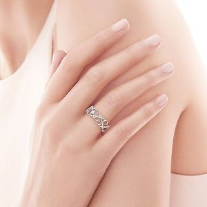 Tiffany & co. Loving Heart Band Ring